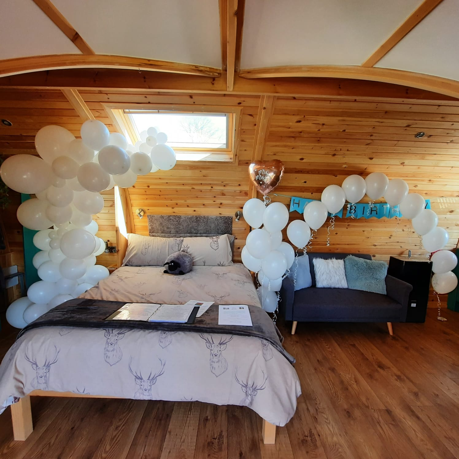birthday celebrations at hedegrow glamping