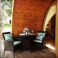 glamping outdoor dining
